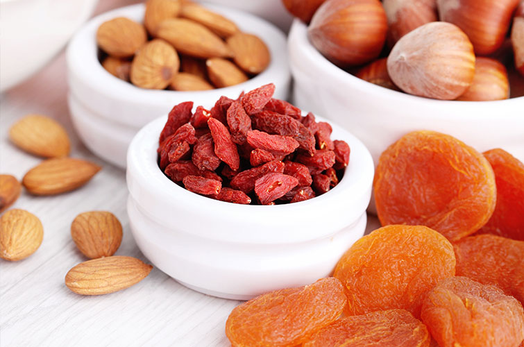 Snack of almonds and dried fruit